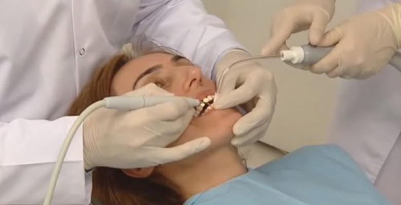 Türkiyenin En İyi Diş Hekimleri: Diş Sağlığı ve Tedavisi